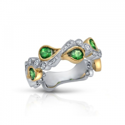 Diamond And Savorite Ring