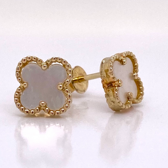 CLOVER SHAPED MOTHER OF PEARL EARRINGS